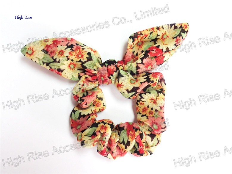Floral Ears Scrunches, Pony Holder